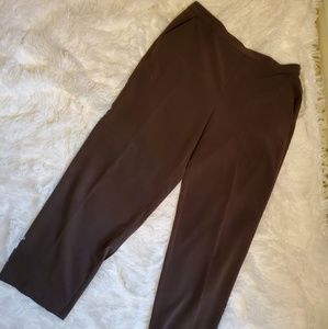 🍭🍭 Sag Harbor brown cropped pants in Size 16